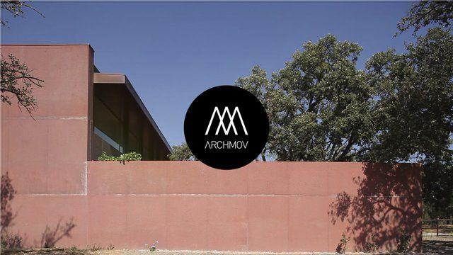 Video: Três Casas Pátio / Miguel Marcelino