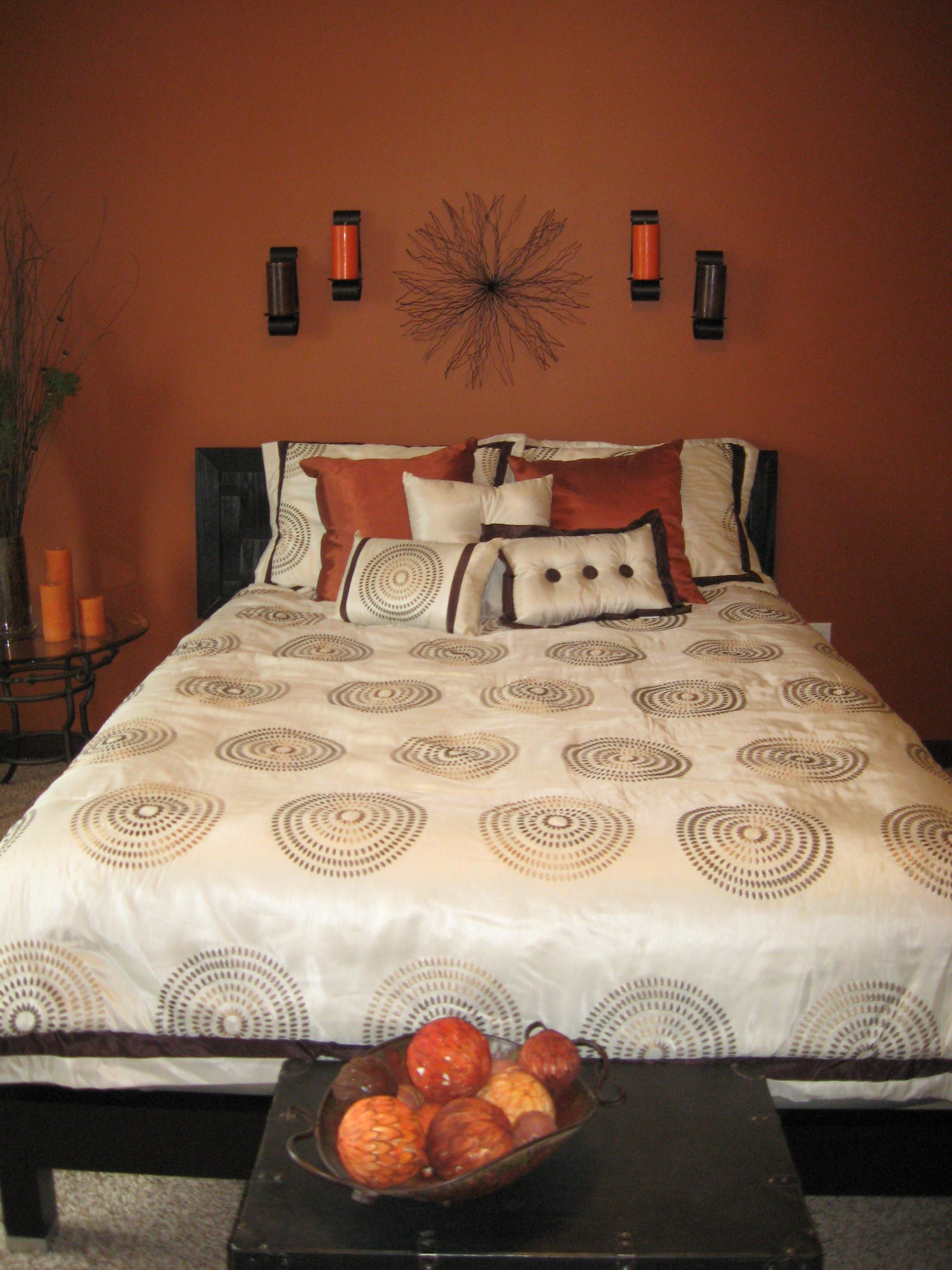 Burnt orange wall color for bedroom home decor for Burnt orange bedroom ideas