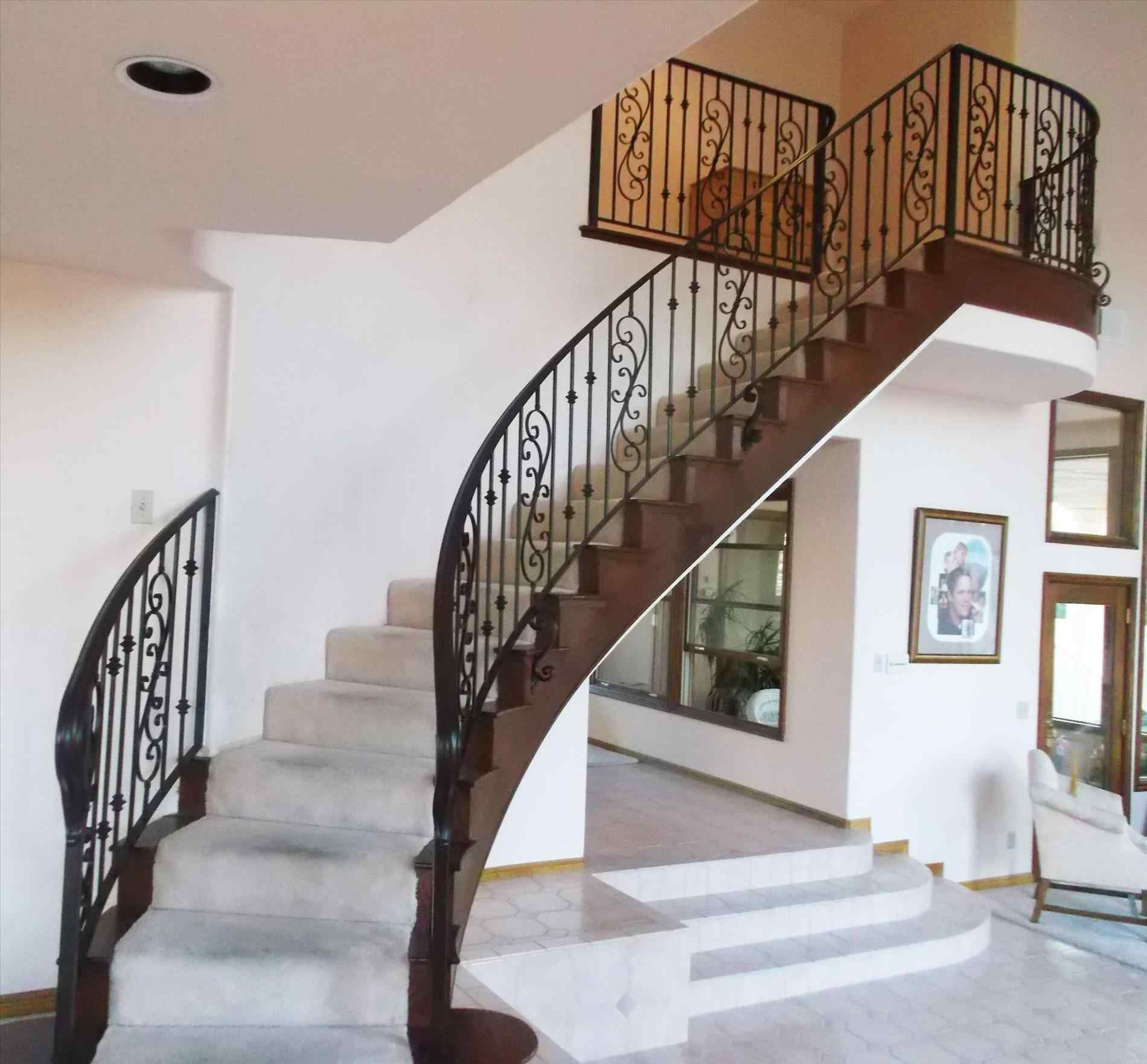 Luxury And Elegant Stairs And Rails Design For Luxurious Home | Interior Handrails For Steps | Aircraft Cable | Wrought Iron | Western | Closed Staircase | Stair Bannister