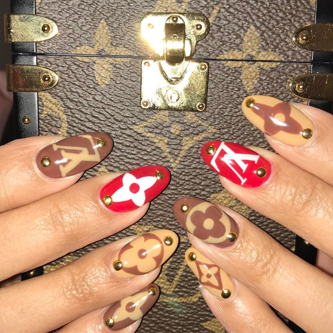 The Best New Nail Art Is Gucci, Louis Vuitton, and Supreme Inspired ...