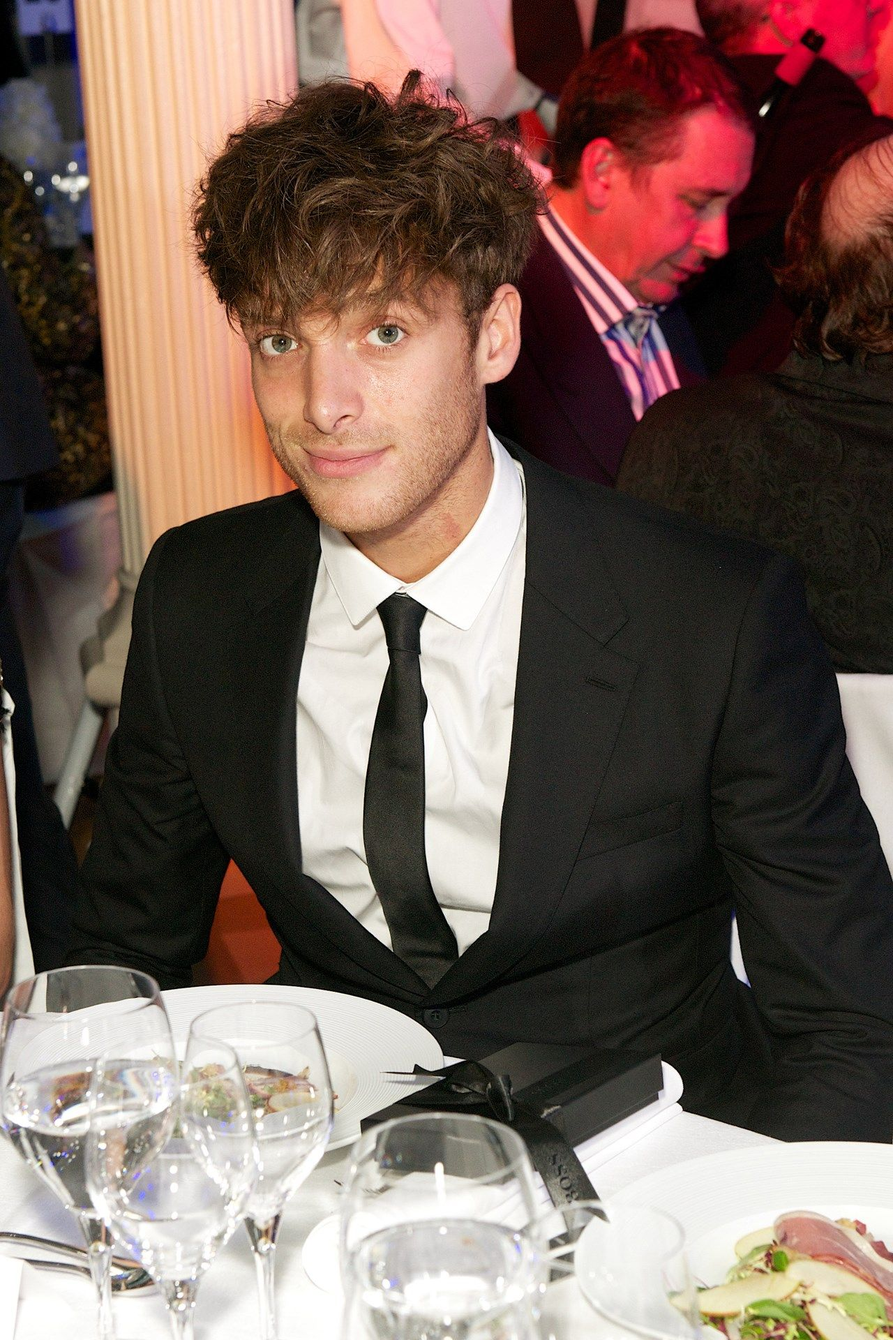 Paolo nutini inside the 17th annual men of the year awards paolo nutini inside the 17th annual men of the year awards hexwebz Choice Image