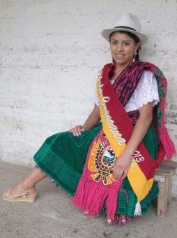 0fc2d91e9 La Chola Cuencana Mónica Landi posa en su domicilio. - El Mercurio de Cuenca  Noticias Tiempo Ecuador Azuay