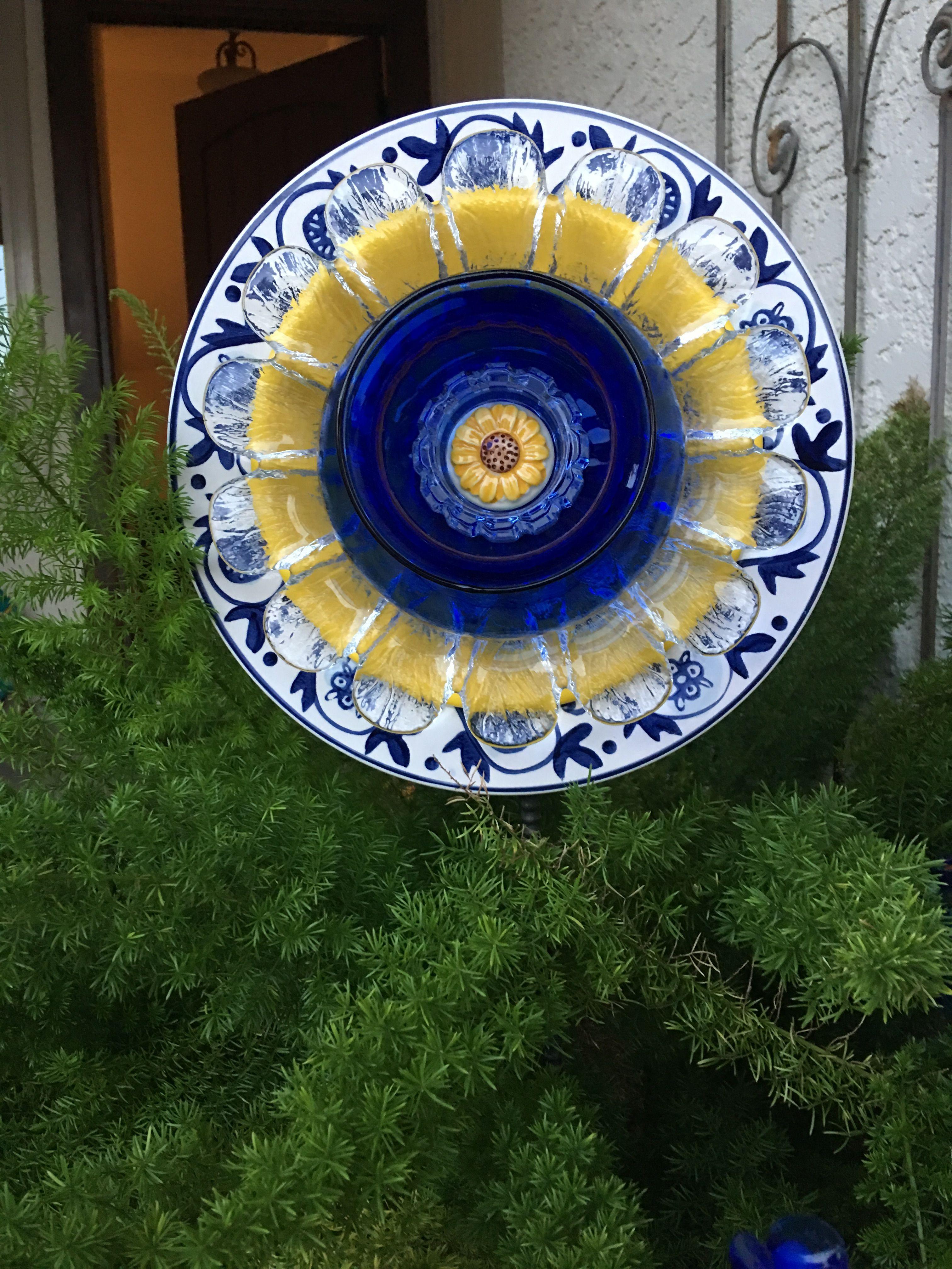 Blue plate flower garden art plate flowers garden glass