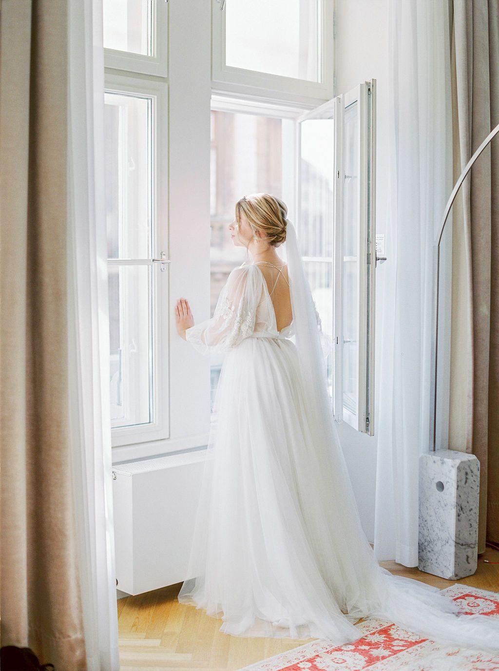 Kurz Bevor Es Losgeht Intime Hochzeit Hochzeitskleid Ballkleid Rumanische Hochzeit