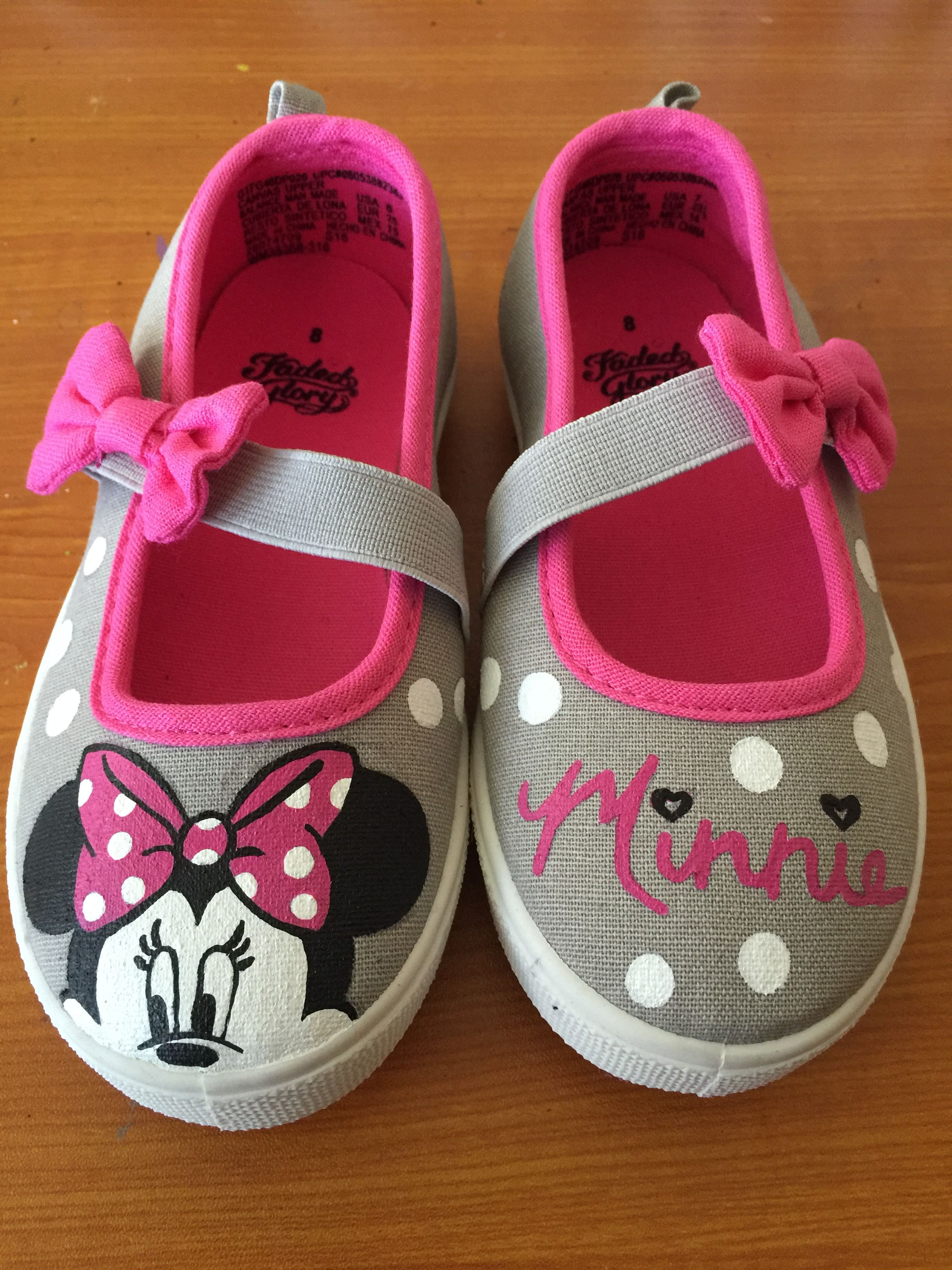 28dfe5e98b32b Minnie Mouse shoes for toddlers | Hand-Painted Shoes | Shoes, Disney ...