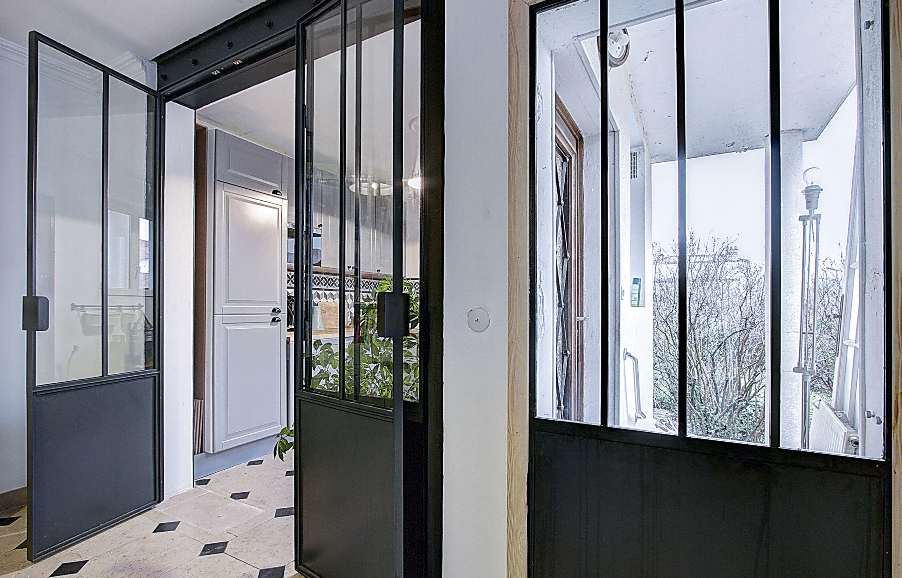 La Renovation D Une Maison Parisienne Par Des Architectes Maison Parisienne Maison Et Cabinet D Architecture
