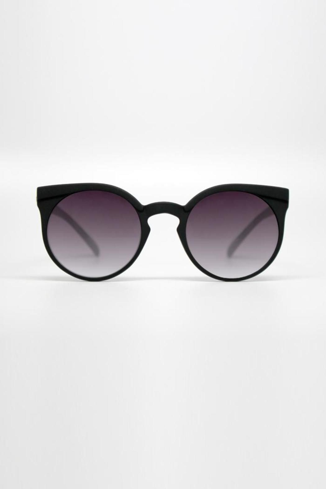 9fb087719062b These glasses are made of a polycarbonate frame and lens with stainless  steel hinges and UV protection. Quay Kosha Sunglasses by Quay Australia.