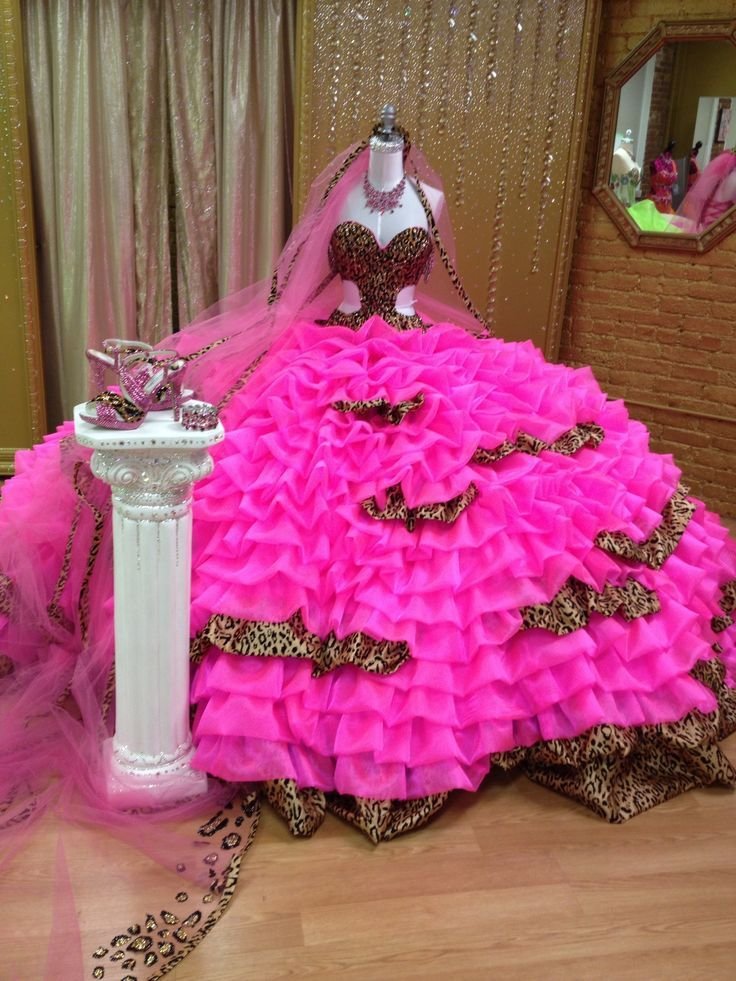 Crinoline Wedding Gowns, typical overdone wedding dress | Best ...