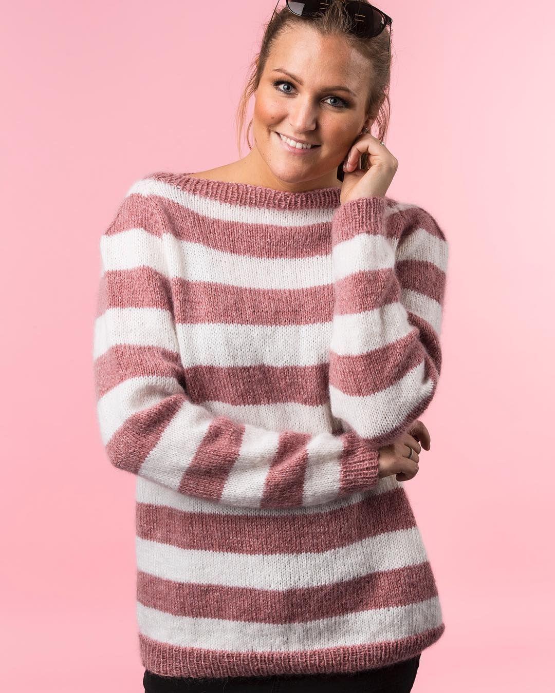 b795141a Gratis Strikkeopskrift | Elegant og klassisk sweater med fine striber som  giver designet en romantisk