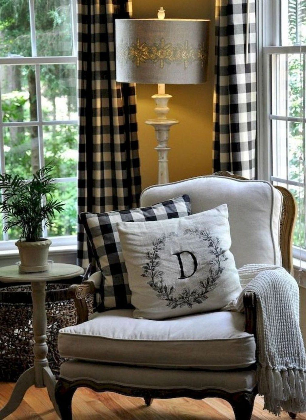 Gorgeous French Country Living Room Decor Ideas 11 (With ...