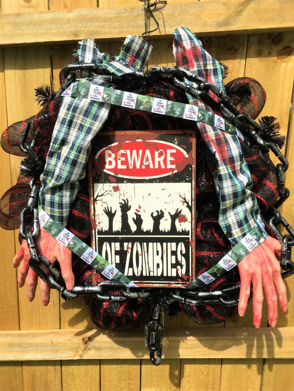 Zombie wreath, zombie decor, zombies, Halloween wreath, Halloween - halloween front door decor