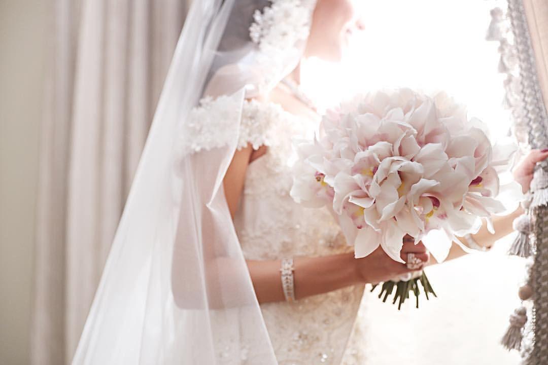 يا نهار لو تغيب الشمس واضح كيف نخفي حبنا و الشوق فاضح Wedding Wedding Photography Wedding Bride