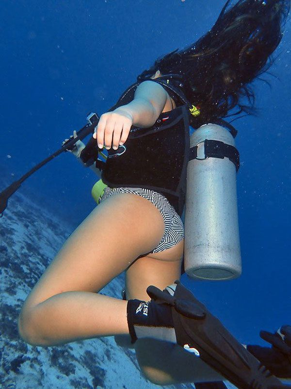 Woman drowning underwater photos, royalty