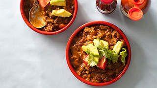 Chilli con carne recipe : SBS Food