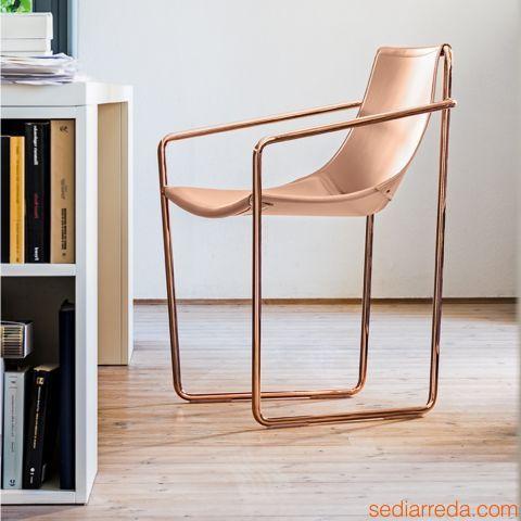 Sedie Metallo E Cuoio.Apelle P Sedia Di Design Con Struttura In Metallo Finitura Oro