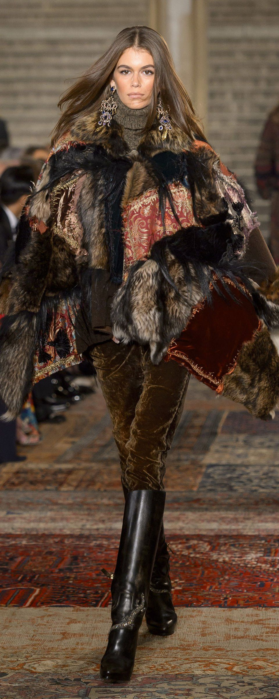 Ralph Lauren Fall-winter 2018-2019 - Ready-to-Wear   Tendance   Pinterest    Haute couture, Mode et Couture 8ee5f35aea5
