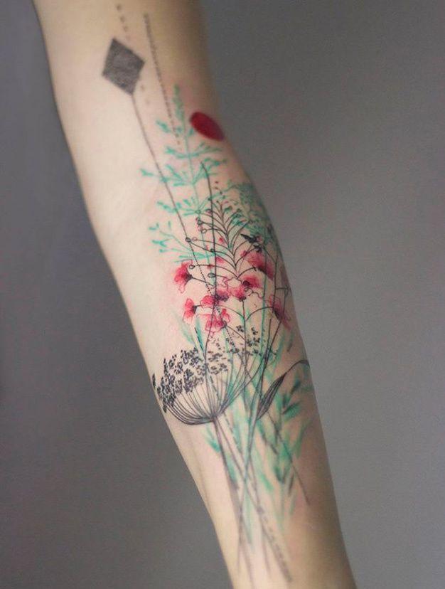 20 id es pinterest de tatouages fleuris fleur pastel. Black Bedroom Furniture Sets. Home Design Ideas