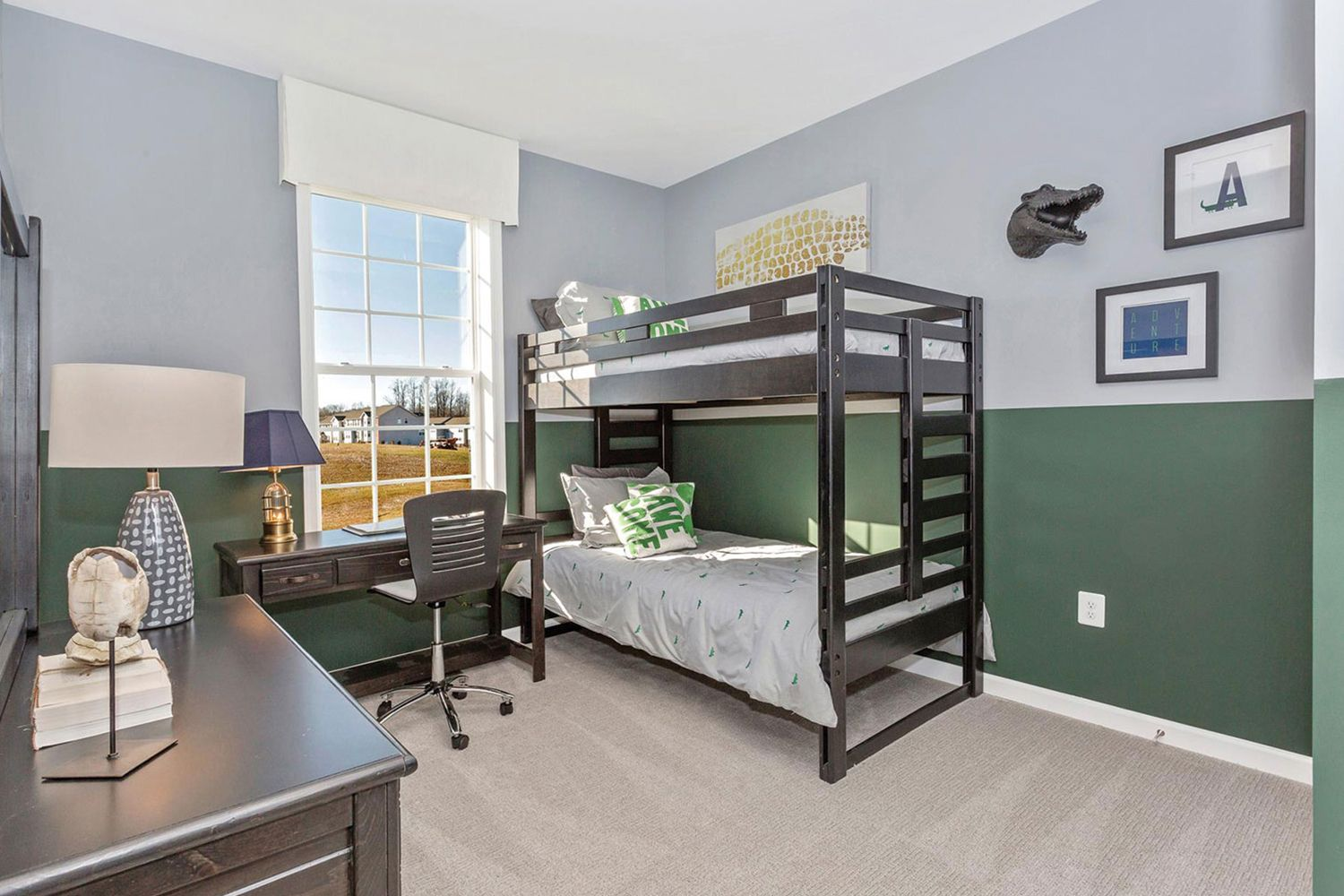 Home Style Ideas Boys bedroom with bunk