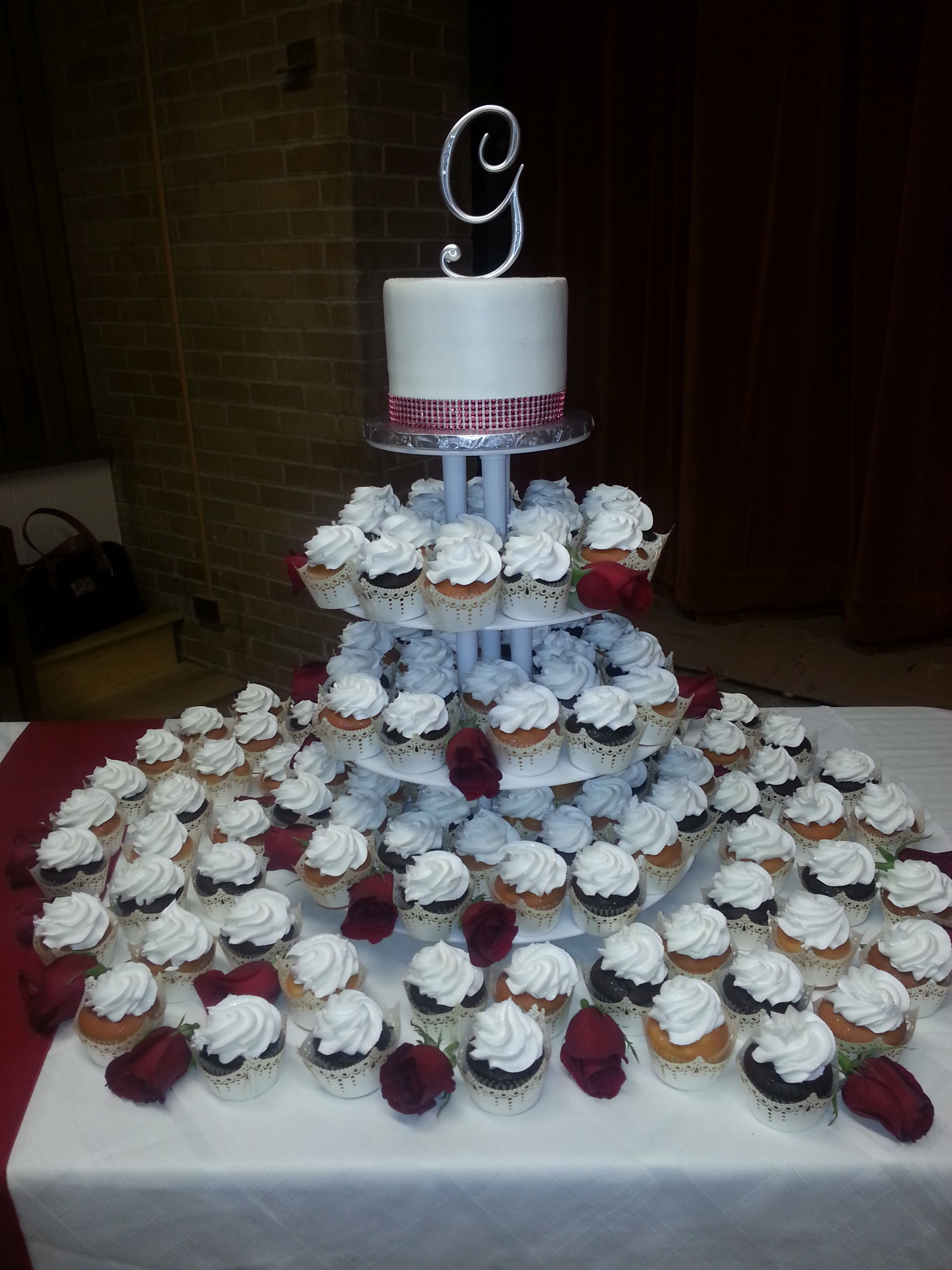 Calumet Bakery Wedding Cake And Cupcake Display