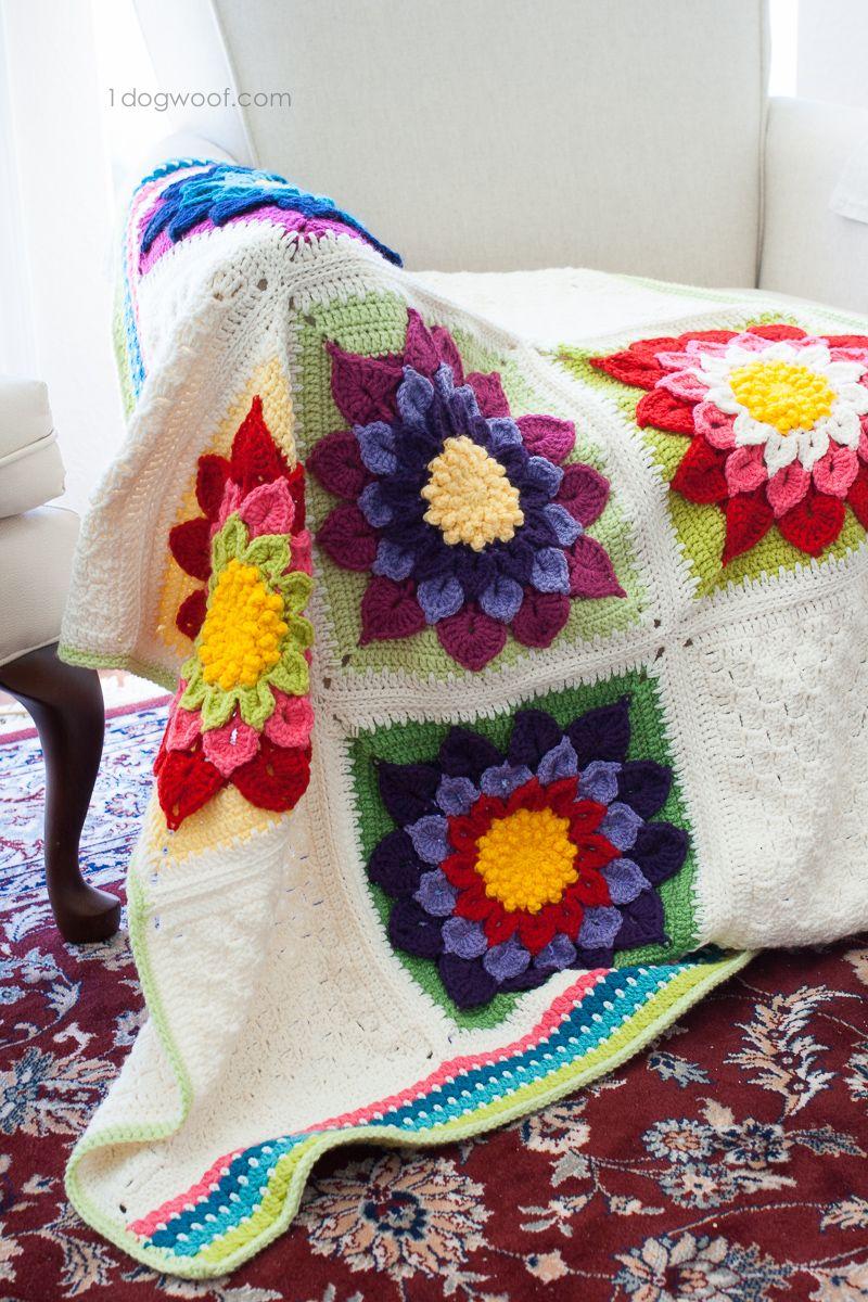My Labor of Love: Crocodile Flower Afghan | Häkeldecke, Häkelideen ...