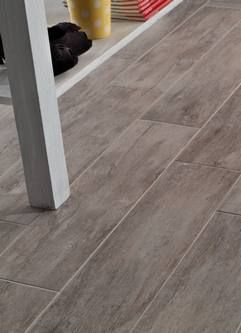 Metango Porcelain Flooring Looks Like Reclaimed Wood