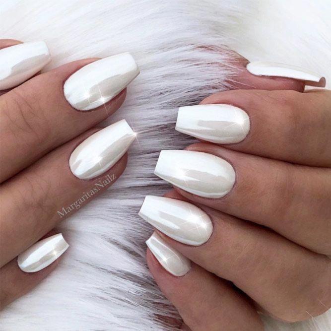 Easy White Coffin Nail Design Esynailsdesign Simplenailart Discover Trendy And Cute White Coffin Short Coffin Nails Designs White Acrylic Nails Luxury Nails