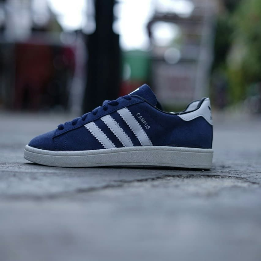 dentro de poco dividir preferir  Adidas Campus Blue White BNWB Size: 38 2/3 (3) . PRICE: 450.000 . .  Skuyylaah yang mau order ke contact Wa: 081319882180 Atau…   Adidas  sneakers, Adidas, Sneakers