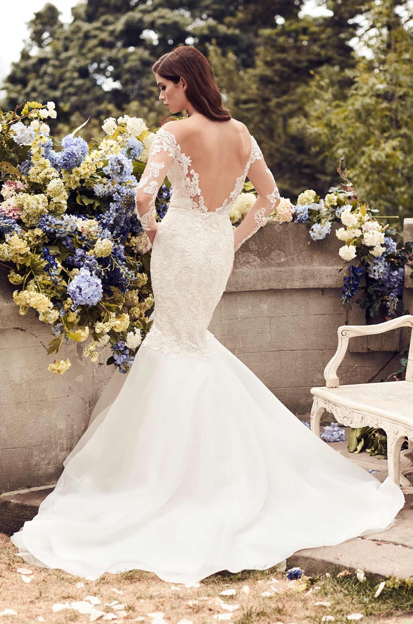 Fitted Two-Tone Lace Wedding Dress - Style #4728   Horsehair, Lace ...