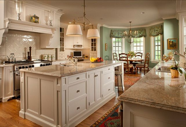 This Traditional Kitchen Has A Timeless Appeal