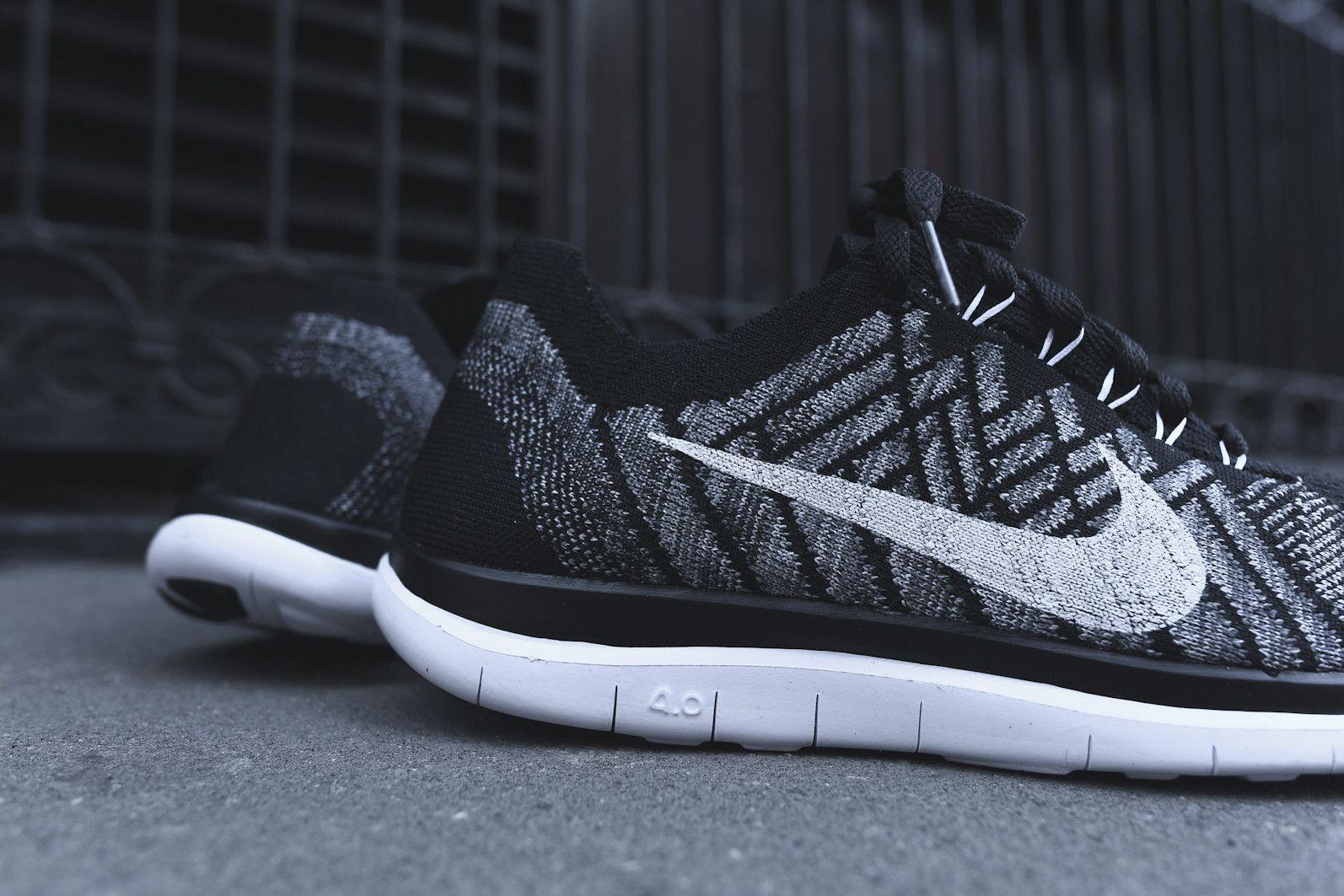 Nike Free 4.0 Flyknit - Black / Wolf Grey / White