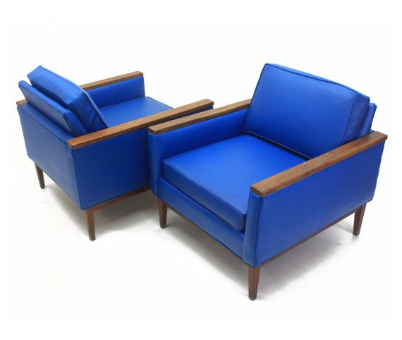 Best Pair Of Vinyl Selig Club Chairs Lounge Chairs Walnut 400 x 300