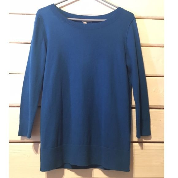 Halogen sweater. Size medium Halogen sweater. Size medium. Great blue swearer, will go great with colored jeans. Sweater in great shape. Halogen Sweaters