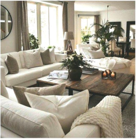 Photo of Ha bisogno di più colore ma mi piace il colore dei divani e del grande tavolino #Woh …
