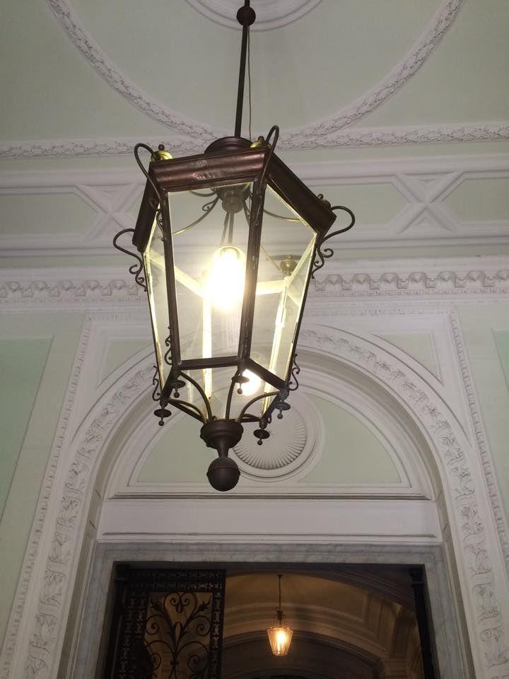 entr e d 39 immeuble et lanterne ancienne nous sommes votre disposition pour la cr ation sur. Black Bedroom Furniture Sets. Home Design Ideas