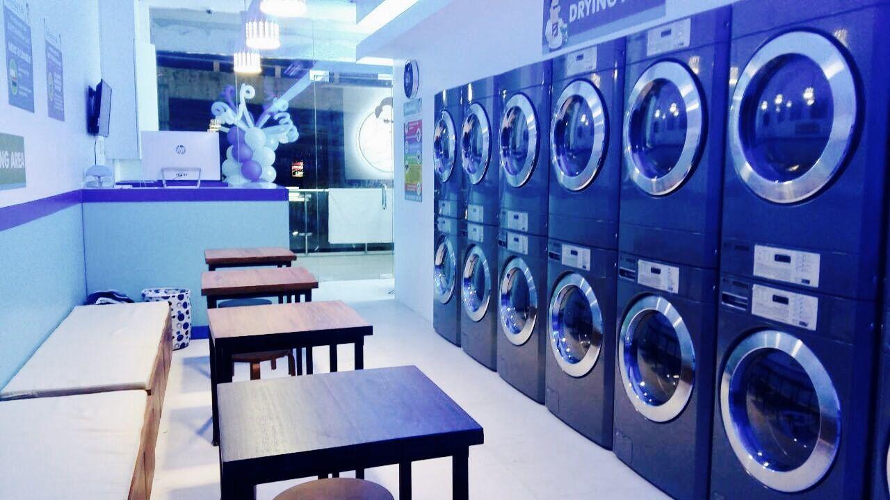 Selfservice laundry; laundromat Lavanda