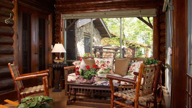 Rustic Lakefront Log Home Retreat Page 2 Of 2 Cozy Homes Life In 2020 Rustic Porch Spring Porch Decor Rustic Front Porch