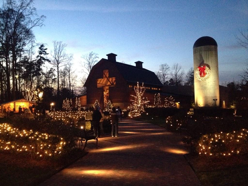 christmas lights at billy graham library so beautiful i want to be there