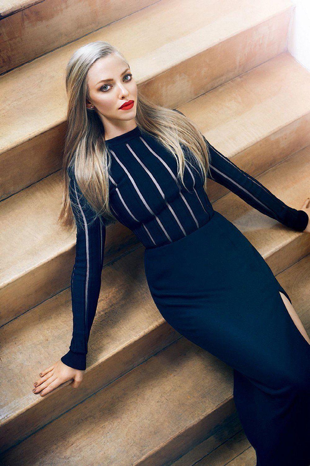 Amanda seyfried beautiful celebrities best dressed pinterest