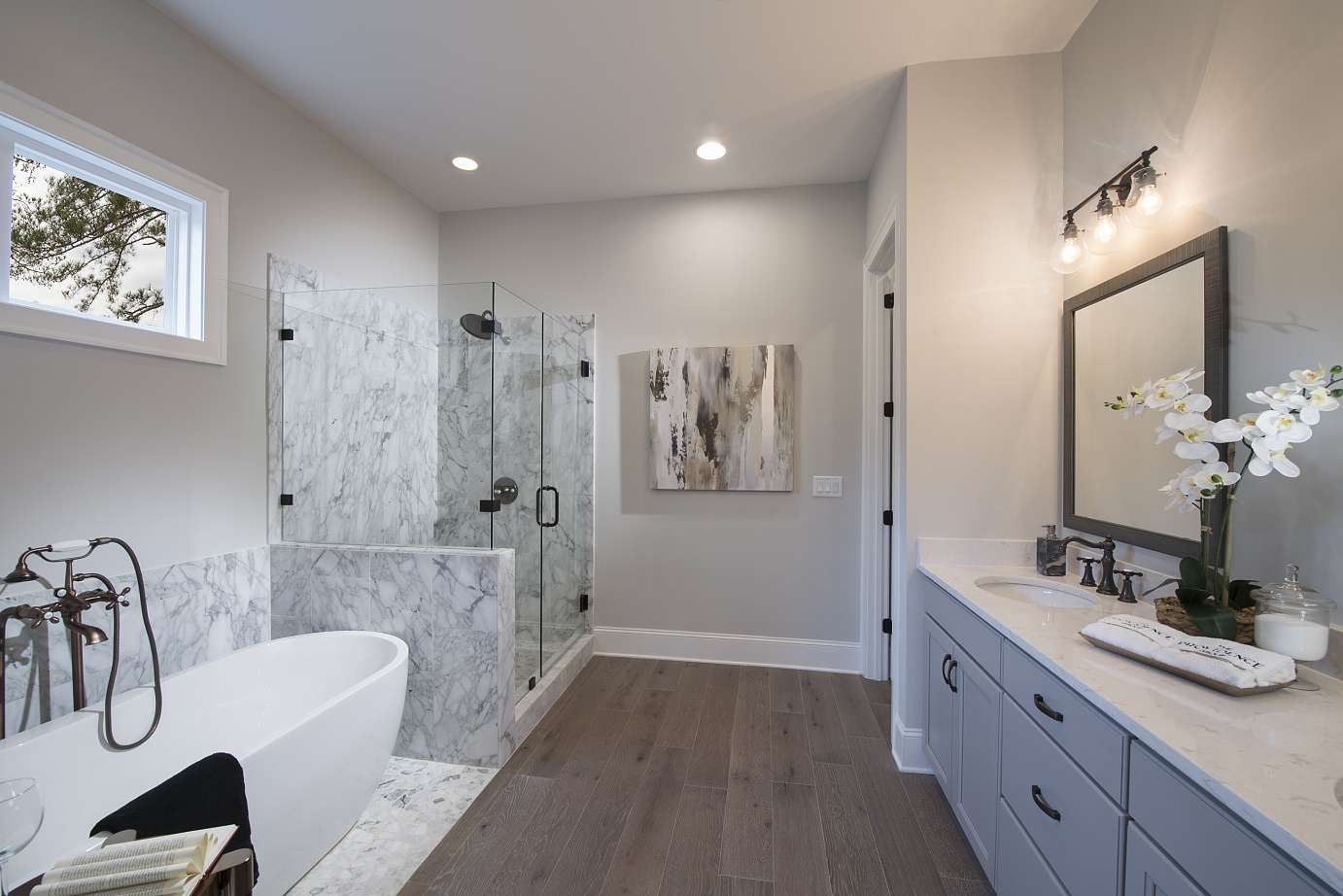 This Owners Bath In Our Manning Plan Features Daltiles Venetian - Daltile smyrna ga