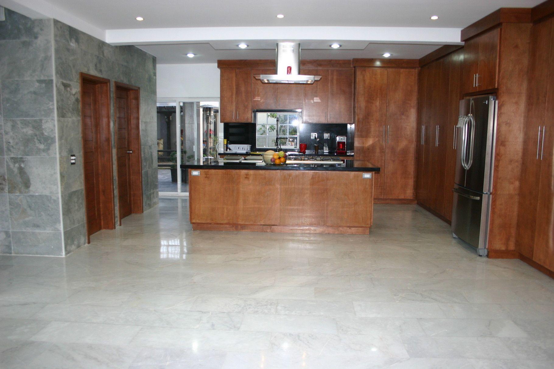 M rmol blanco guadiana pisos de m rmol blanco royal http - Piso marmol blanco ...