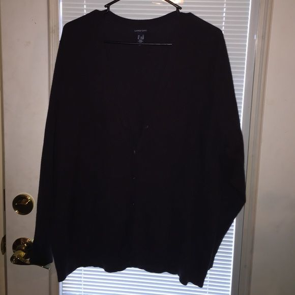 Sold on 〽️erc! Navy Blue Cardigan. Lands' End Cardigan. Navy Blue(darker navy blue). Only worn once. In great condition and has a great feel to it. Long sleeve and size 2X. If you have any questions or need additional pictures, feel free to ask :) Lands' End Sweaters Cardigans