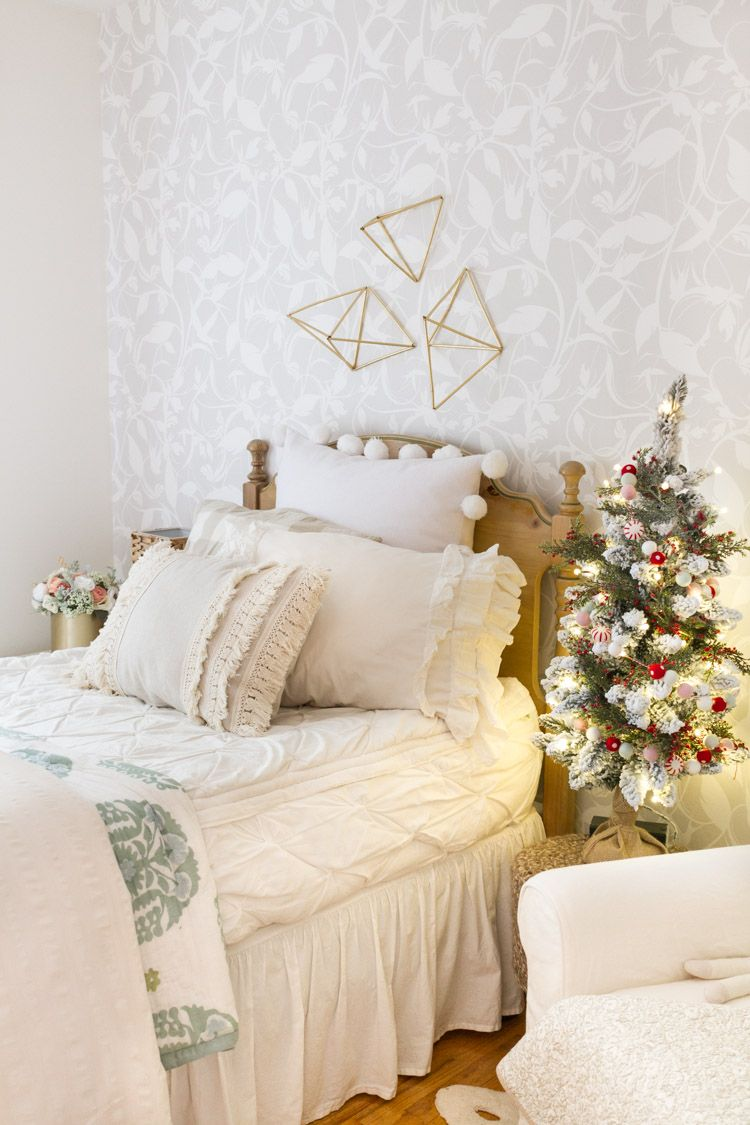 Christmas In The Kids Rooms Christmas Decorations Bedroom Redecorate Bedroom Cute Room Decor