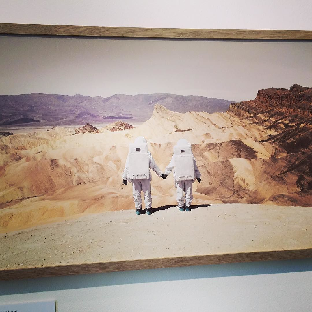 provocative-planet-pics-please.tumblr.com Greetings From Mars by Julian Mauve France at the 2016 Sony World Photography Awards Exhibition @somersethouselondon #World #photography #exhibition #art #arteats #culture #london #Sony #instaphoto #InstaArt #mars #planets by art.eats https://www.instagram.com/p/BE5wK9zQRvr/