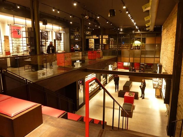 3ff055d5e99 boutique de lunettes Ray-Ban à Soho New-York  rayban  store  newyork ...