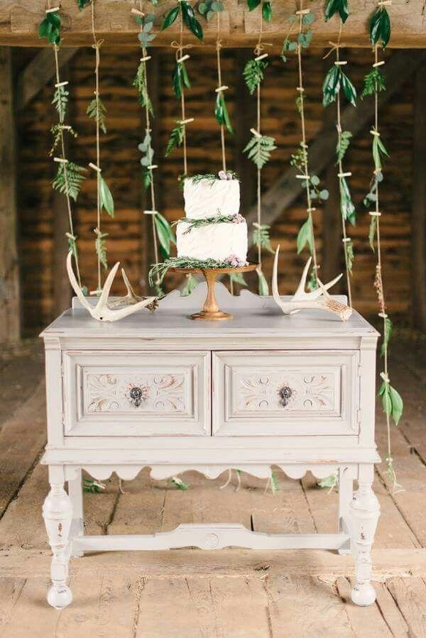 Diy table design and background wedding cake