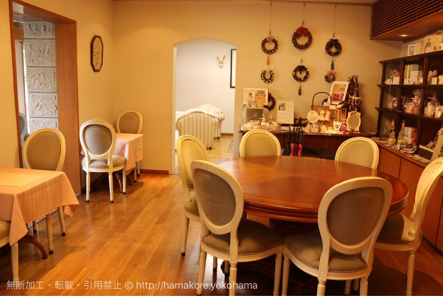 カフェ ザ ローズの店内席 カフェ 横浜 カフェ 横浜 グルメ