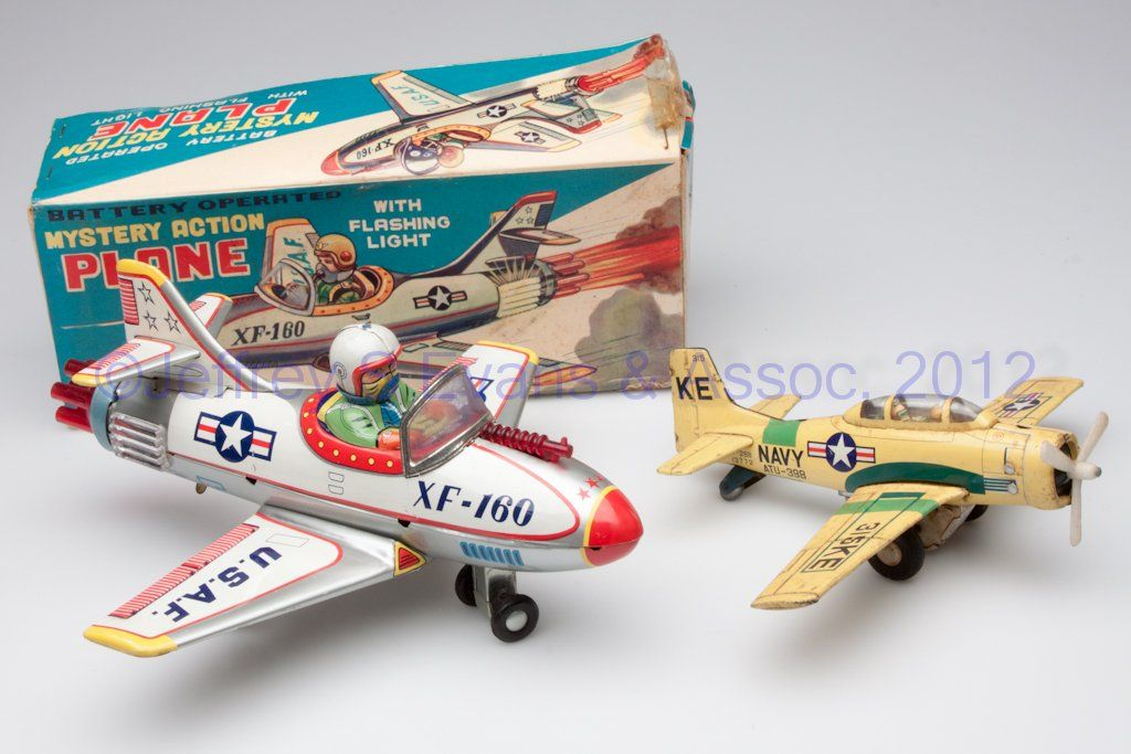 JAPANESE AVIATION TIN TOYS, LOT OF TWO