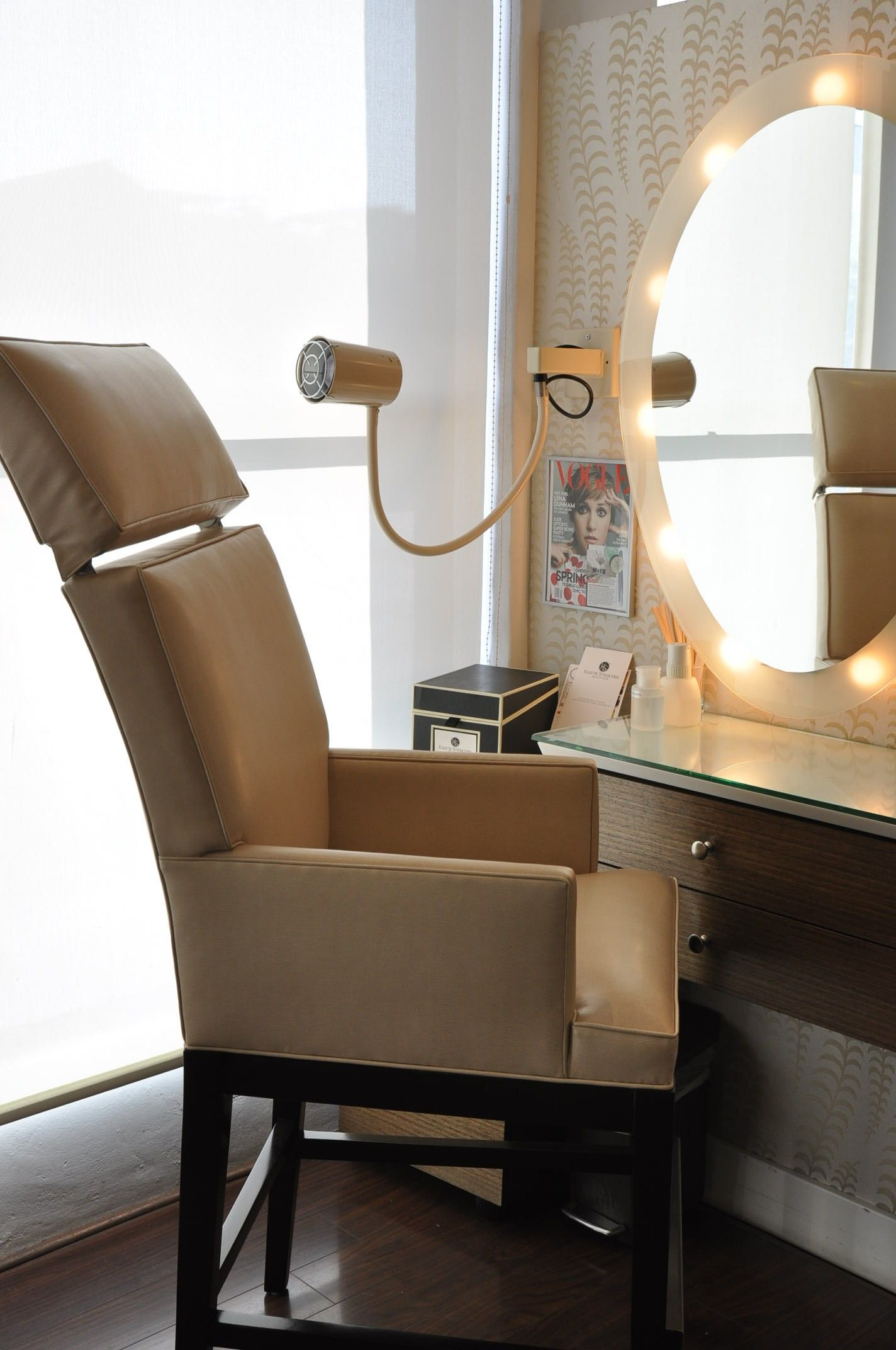 Bespoke Lucca Salon Chair For Kristie Streicher Beauty Bar. Features  Adjustable Headrest So Kristie And
