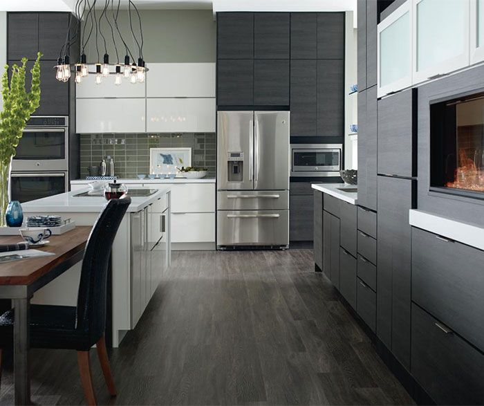 Laminate Cabinets In A Contemporary Kitchen Contemporary Kitchen Design Modern Kitchen Kitchen Design