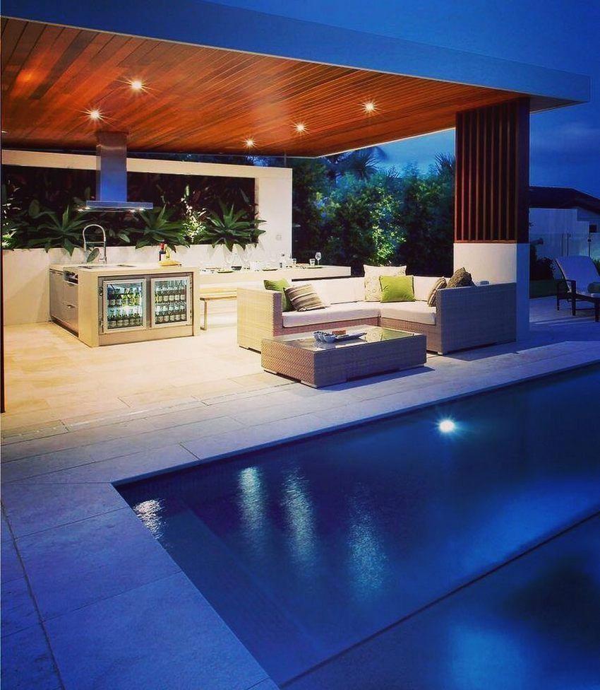 Outdoor Kitchen Design Ideas 32 Outdoorkitchen Outdoor Rooms Modern Pools Modern Outdoor Kitchen